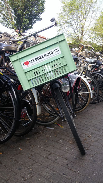 0220. www.admin.nl - I love my boekhouder - sticker - fietskrat - bicycle crate - Fiets - mint - licht groen - BDO - KPMG - EY.jpg