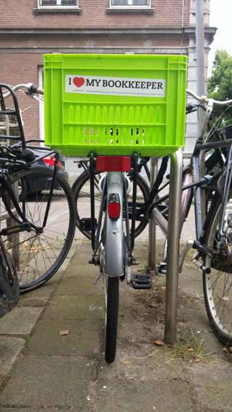 0225. www.admin.nl - I love my bookkeeper - sticker - fietskrat - bicycle crate - Fietsbakje licht groen - xero - quickbooks.jpg